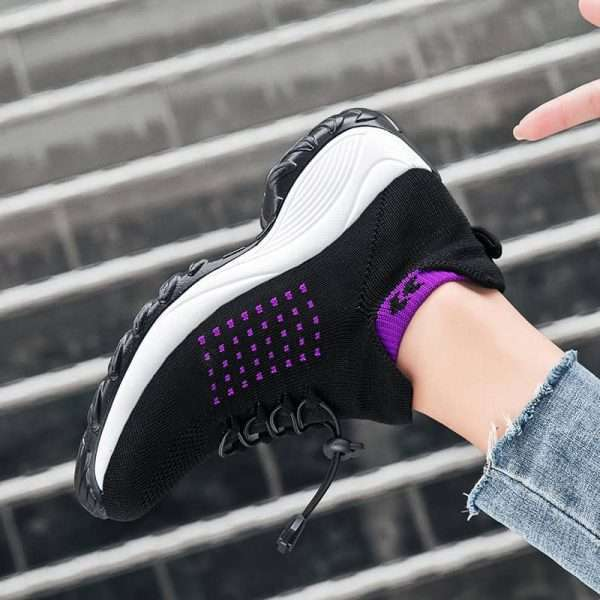 Chunky sole sneakers for women