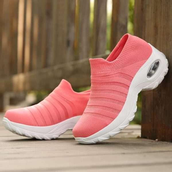Pink mesh sneakers for women