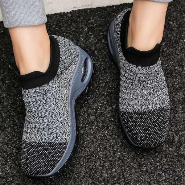 Women's gray walking shoes
