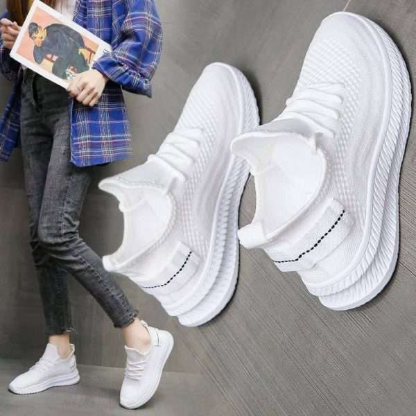 Lightweight Walking Shoes